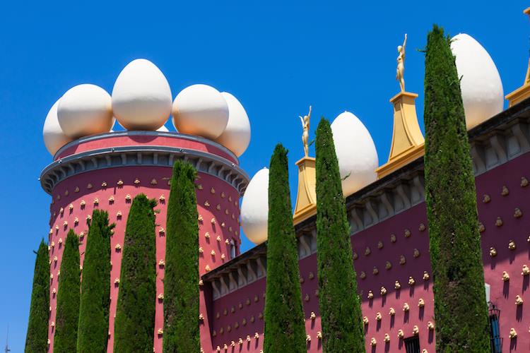 Dali museum Figueres dagtrip Barcelona